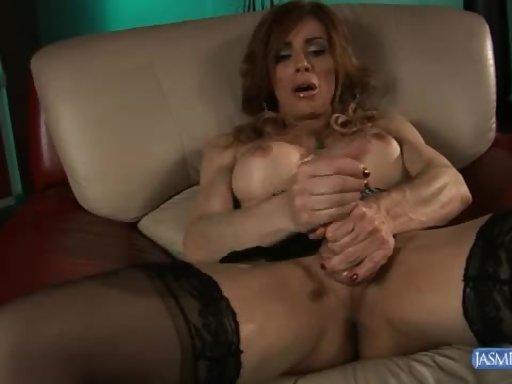 jasmine jewels - milf tranny in black tights rubs her dick at